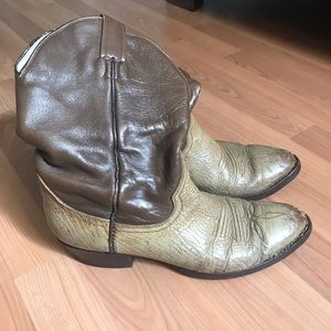 Country western cowboy boots